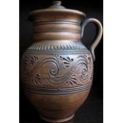 Глиняный кувшинчик с декором на 0,5л. фото