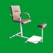 Педикюрное кресло с подставкой для ванночки фото