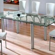 Стеклянные столы из закаленного стекла от 8 мм. фото