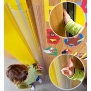 Защита от защемления пальцев в дверях фото
