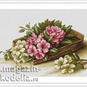 Набор для вышивания Цветы азалии в корзине фото