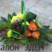 Цветы в корзинке фото