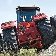 Услуги технического обслуживания сельскохозяйственных тракторов фото