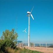Автономные ветроэнергетические установки и комплексы фото