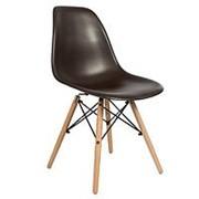 Стул EAMES Style, коричневый, деревянные ножки. Заказ кратно 10 шт. фото