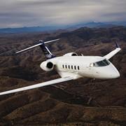 Продажа самолета – Challenger 300. Новый Challenger 300 – бизнес самолет ВИП класса. фото