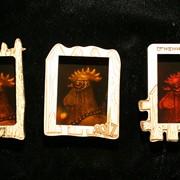 Сувенир голографический на магните Огненный петух фото