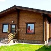 Деревянные дома из профилированного бруса естественной влажности. фото