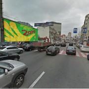 Брандмауэр в центре Киева. Размещение наружной рекламы. фото