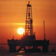 Машины и оборудование для морской добычи нефти фото
