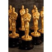 Статуэтки Оскар оригинального размера 33,5 см и формы фото