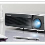 Проекторы мультимедийные (мультимедиа). Проектор мультимедийный Toshiba TDP-T95 с функцией Off&Go. фото