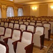 Театральные кресла фото
