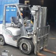 Аренда бензинового погрузчика Nissan UJL02M28 фото