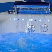 Установка гидромассажной ванны с подключением.Установка гидромассажного оборудования. Сантехнические услуги фото