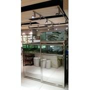 Услуги по монтажу аквариумных витрин фото