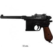 Макет самозарядного пистолета Маузер К96 с деревянными накладками фото