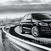 Автомобиль Audi SQ5 фото
