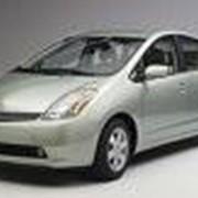 Автомобили Toyota Prius фото