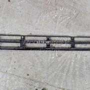 Ступенька решетки радиатора верхняя б/у Volvo (Вольво) FH12 фото