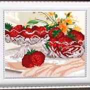 """Рисунок на ткани для вышивания бисером """"В хрустале. Клубника"""" VKA4206 фото"""