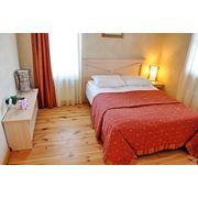 Апартаменты из 3-х комнат в два этажа (гостиная кухня две спальни) фото