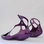 Обувь в ассортименте фото