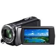 Цифровая видеокамера SONY HDR-CX200E фото