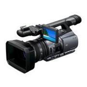 Цифровая видеокамера Sony DCR-VX2200E фото