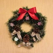 Изготовление фонов, каркасов для рождественских, новогодних венков фото