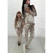 """Женский велюровый костюм для мамы и дочки """"Family Look"""", в расцветках фото"""