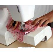 Комплектующие к швейным машинам в ассортименте фото