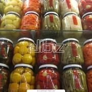 Соленые огурцы, помидоры, арбузы фото