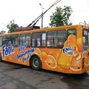 Услуги по рекламе на общественном транспорте фото