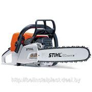 Бензопила Stihl MS 230 — Практичная бензопила мощностью 2,0 кВт фото