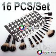 Набор 16 косметичесских щеточек и кистей для макияжа фото