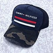Кепка Tommy Hilfiger Сетка с камуфляжным козырьком фото