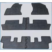 Резиновые коврики для автомобилей фото