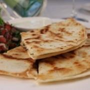 Кесадилья со стейк-грилем Горячие закуски фото