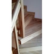 Лестница кедровая винтовая фото