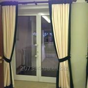Ремонт и регулировка металлопластиковых и алюминиевых дверей фото