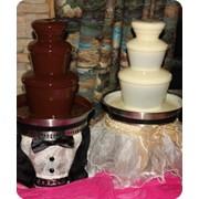 Шоколадный фонтан в аренду (свадебное предложение) фото