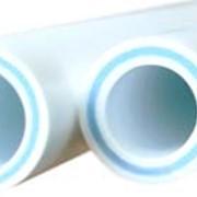 Труба PPR PN10 Труба армированная стекловолокном PPR-GF-PPR PN20 фото