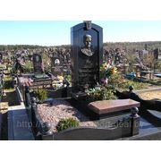 Комплексы надгробные фото