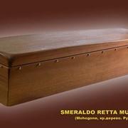 Гроб, модель Smeraldo Retta. Однокрышечный, четырехгранный фото