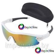Солнцезащитные спортивные очки с зеркальными линзами фото