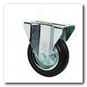 Колесо неповоротное с крепёжной панелью 3107-N-150-R резиновое фото