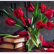 Часы настенные сувенирные Красные тюльпаны фото