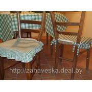 Чехлы на стулья и скатерть фото