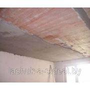Оштукатуривание поверхности потолков фото